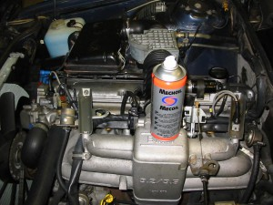 Motorrummet behöver en handpåläggning. Auto-Smarts produkter hjälper till!