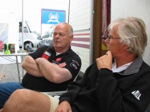 Benny Rasmussen och Tomas funderar över............?