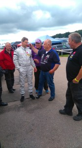 TJ, Anders Erik, Benny och Mats i glatt samspråk.
