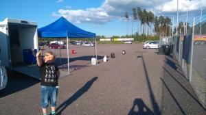 Lidköping först med Axel. Vi var tidigt på plats och Axel godkänner depåplaceringen.